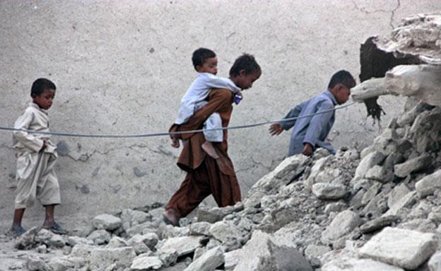 מאות נהרגו ונפצעו - פקיסטן, אתמול (צילום: רויטרס)
