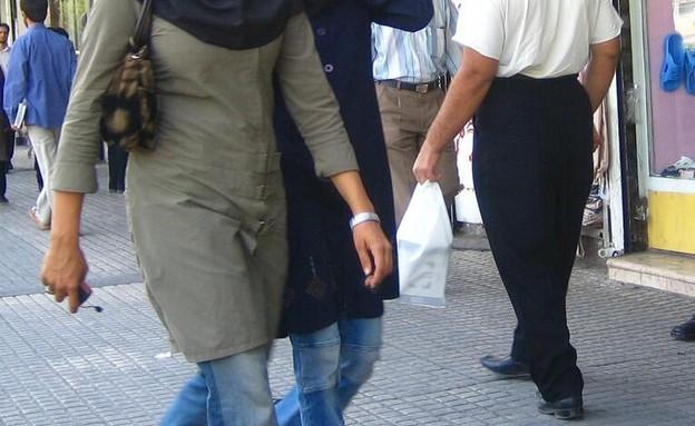 נשים איראניות בג'ינס (צילום: טוויטר)