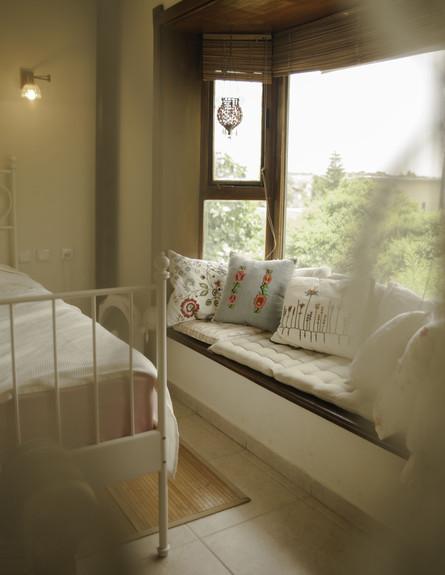 שרית קרפ חדש, חדר שינה חלון גובה
