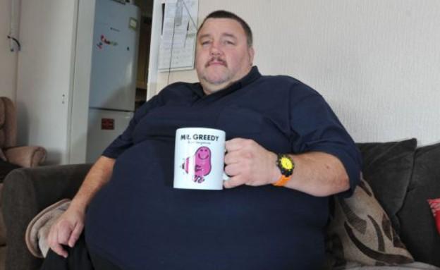 נוסע כבד משקל (צילום: dailymail.co.uk)