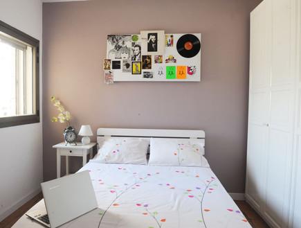 הלנה ואידית, חדר ילדה מיטה