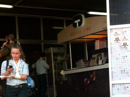התפריט ישתנה? בית קפה בבסיס הקריה (צילום: חדשות 2)