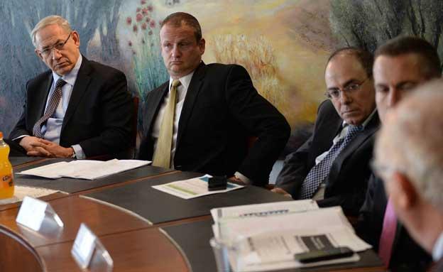 """נתניהו בישיבה היום (צילום: קובי גדעון, לע""""מ)"""