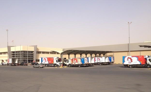 מפעל עוף עוז (צילום: תומר ושחר צלמים, צילום ביתי)