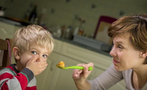 ילד מסרב לאכול מהצלחת (צילום: אימג'בנק / Thinkstock)