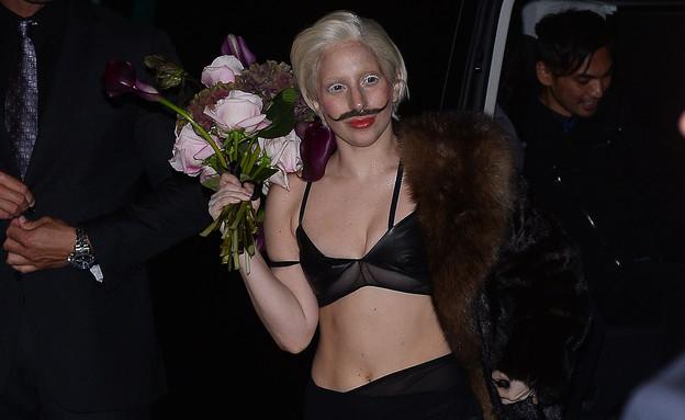 """סופ""""ש האימים של גאגא (צילום: Splash News, Splash news)"""