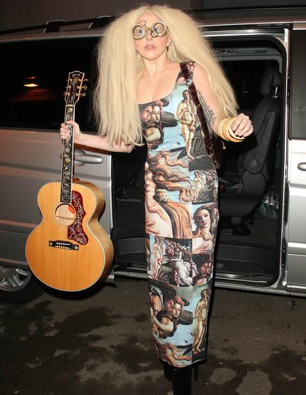 """סופ""""ש האימים של גאגא (צילום: WeirPhotos / Splash News, Splash news)"""