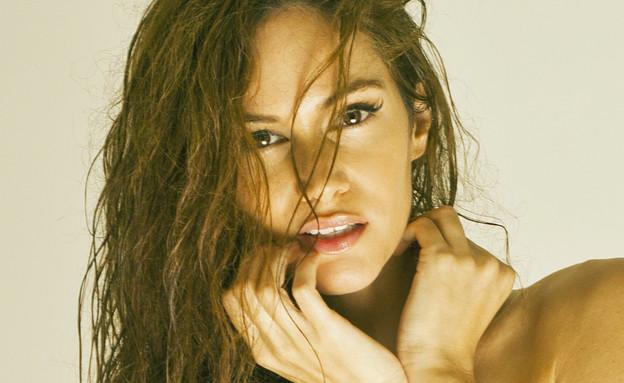 טל ברקוביץ' - הישראלית הסקסית 2013 (צילום: גיא הכט. איפור: שירן פרידלנד. סטיילינג: רפאל אייל)
