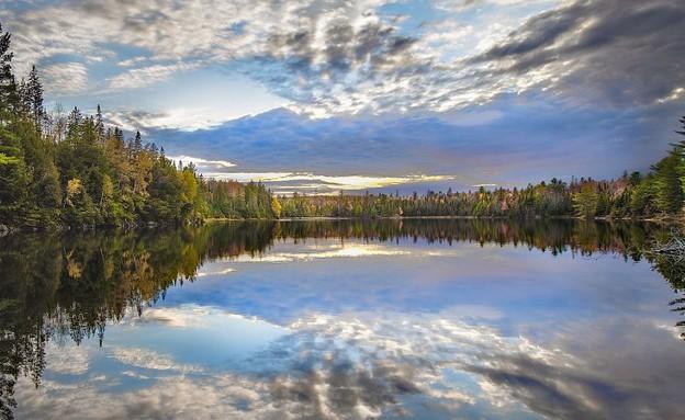 אגם, צפון אמריקה (צילום: dailymail.co.uk)
