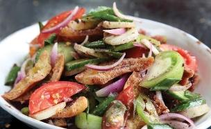 סלט פתוש (צילום: דניה ויינר, בואו לאכול: ארוחות מהירות ב-10-20-30 דקות, ידיעות ספרים)