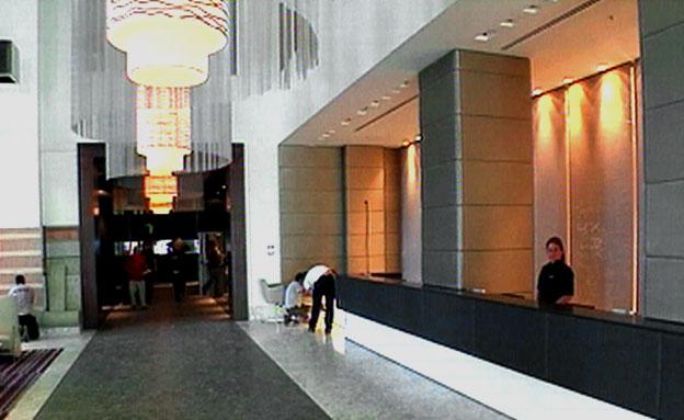 האם הייתם מוכנים לגור בבית מלון? (צילום: חדשות 2)