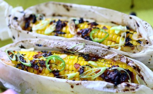 תירס בגריל (צילום: מאיר קוקבוק, אוכל טוב)