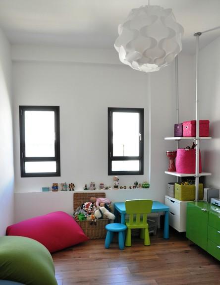 אביטל טרן-כהן, חדר ילדים חלונות גובה