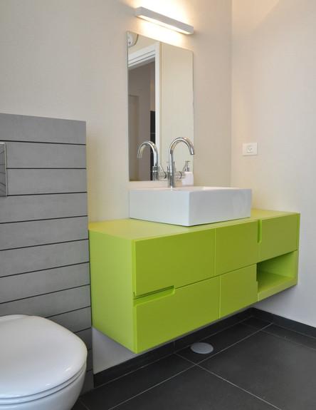 אביטל טרן-כהן, חדר רחצה ירוק גובה