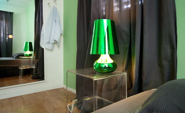 מיכל שלגי, חדר שינה מנורה (צילום: עומרי אמסלם)