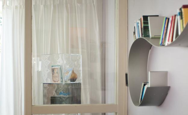 מיכל שלגי, ספה גובה (צילום: עומרי אמסלם)