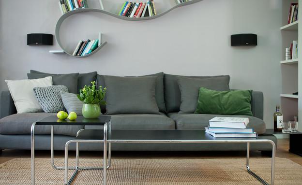 מיכל שלגי, ספה (צילום: עומרי אמסלם)