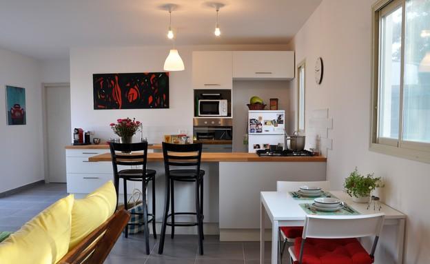 נעם מושב, סלון מבט למטבח (צילום: נעם רוזנבלט אלדן)