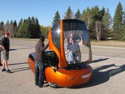 מכונית מדפסת תלת מימד