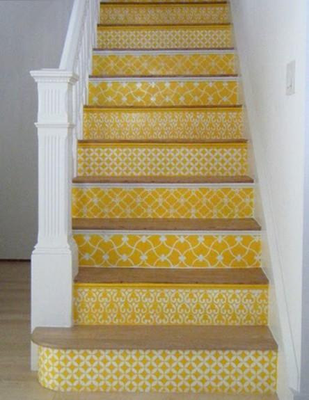 שדרוג מדרגות, טפט צהוב (צילום: manolohome.com)
