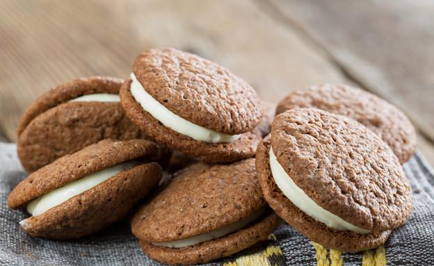 עוגיות סנדוויץ' במילוי שמנת של אביבה פיבקו (צילום: בני גם זו לטובה, אוכל טוב)