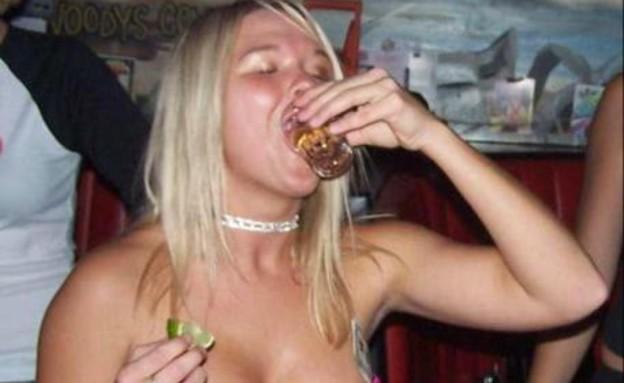 בחורות שיכורות