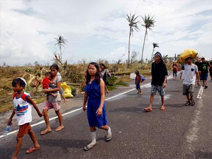 מאות אלפים נותרו ללא קורת גג