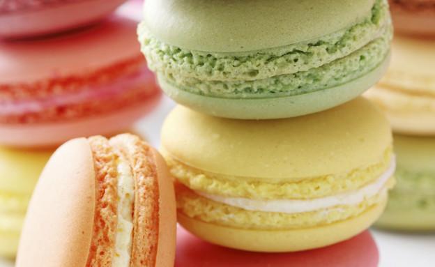 מקרונים, עוגיות מקרון צבעוניות (צילום: Elena Schweitzer, Istock)
