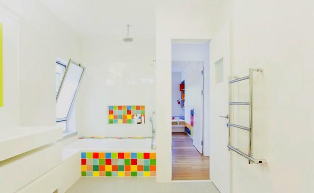 קומת ילדים, חדר רחצה שירותים (צילום: שרון קנה)