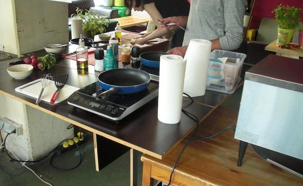 מכינים ארוחת בוקר בווינה, ערים מפתיעות (צילום: לירון מילשטיין)