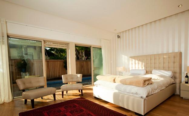 דניה, חדר שינה שטיח (צילום: רונן קוק)