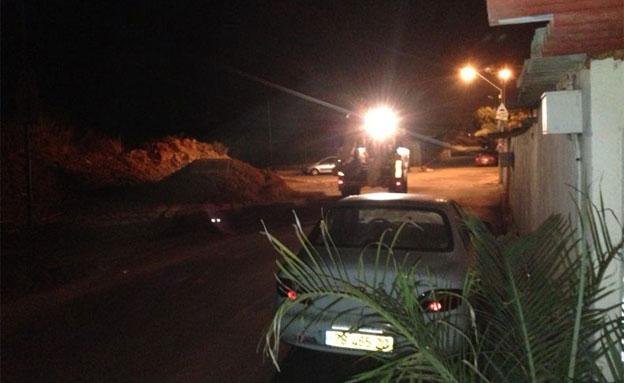 צפו בעבודות בלילה (צילום: תושבי השכונה)