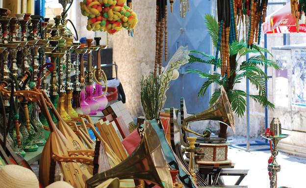 """טיולים אורבניים, שוק בעכו נרגילה (צילום: החברה לפיתוח עכו העתיקה בע""""מ)"""