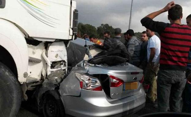 זירת התאונה (צילום: חדשות 2)