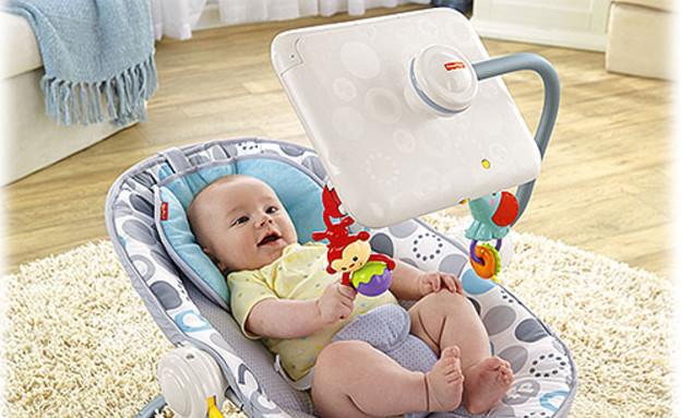 טרמפולינה לתינוק עם אייפד (צילום: אתר החברה fisher-price.com)