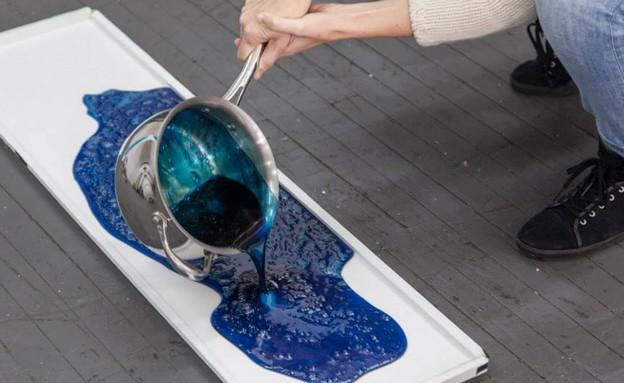 אדריכלות משוקולד, נוזל כחול (צילום: Hargreaves and Caitlin Levin)
