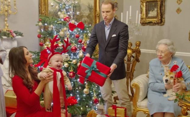 המשפחה המלכותית חוגגת כריסמס