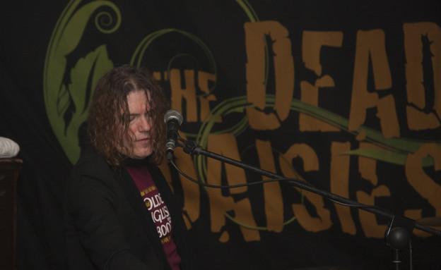 דד דייזיז בהופעה (צילום: אולג חמלניץ)