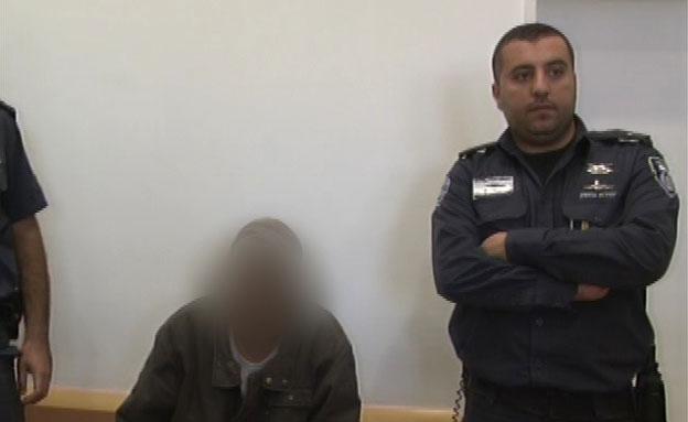 הואשם בשפיכת תה על אחמד טיבי (צילום: חדשות 2)