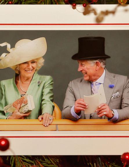 גלריית כרטיסי חג המולד (צילום: לשכת עיתונות בית קלרנס)