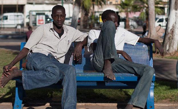 עובדים זרים,מסתננים תל אביב (צילום: חדשות 2)