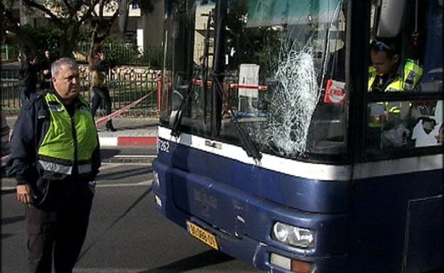 """זירת התאונה בת""""א (צילום: חדשות 2)"""