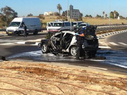 הרכב אחרי הפיצוץ, הבוקר (צילום: איחוד הצלה)