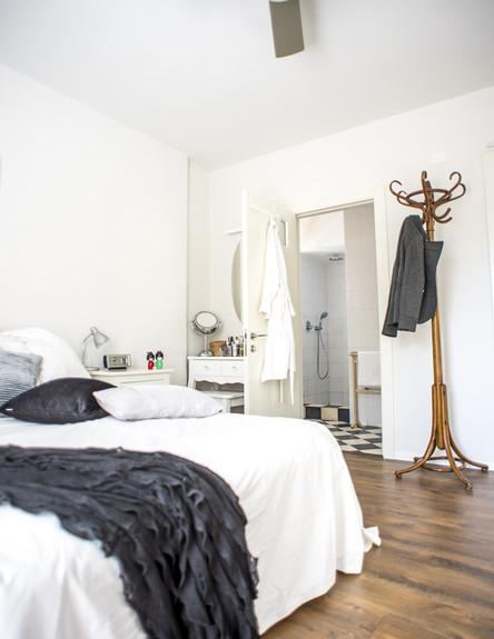 מירב שדה, חדר שינה מאוורר גובה, צילום סיון אסקיו (צילום: סיון אסקיו)