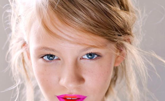 שני גוונים לשפתיים - תמונה רביעית (צילום: cosmopolitan)