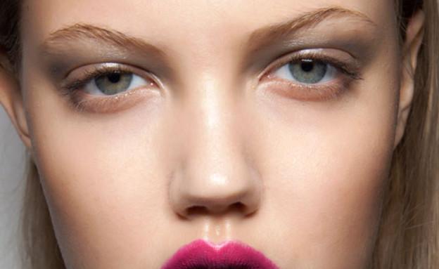 שני גוונים לשפתיים - תמונה שישית (צילום: cosmopolitan)