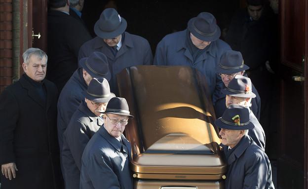 הלוויתו של המאפיונר הקנדי ויטו רזוטו (צילום: THE CANADIAN PRESS/Graham Hughes)