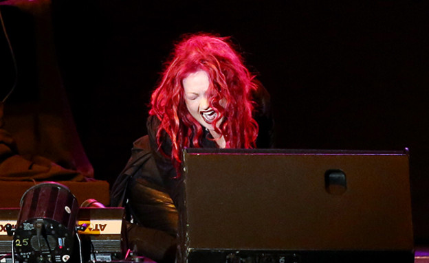 סינדי לאופר בהופעה (צילום: אורית פניני)