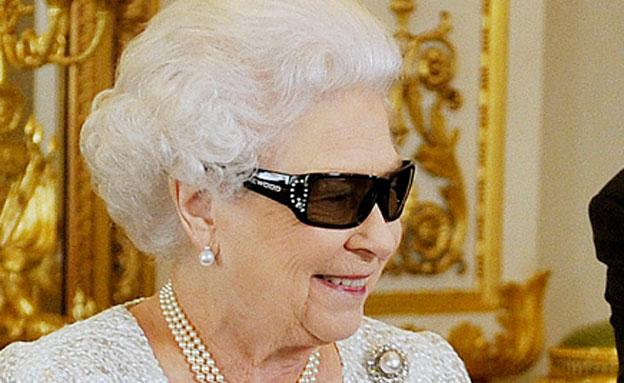 המלכה לא אוהבת שיער פנים (צילום: ap)