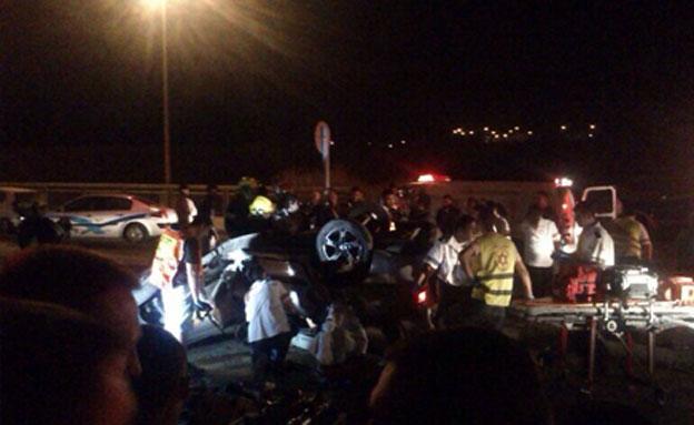 תאונת דרכים בדרום (צילום: מנחם פ.)